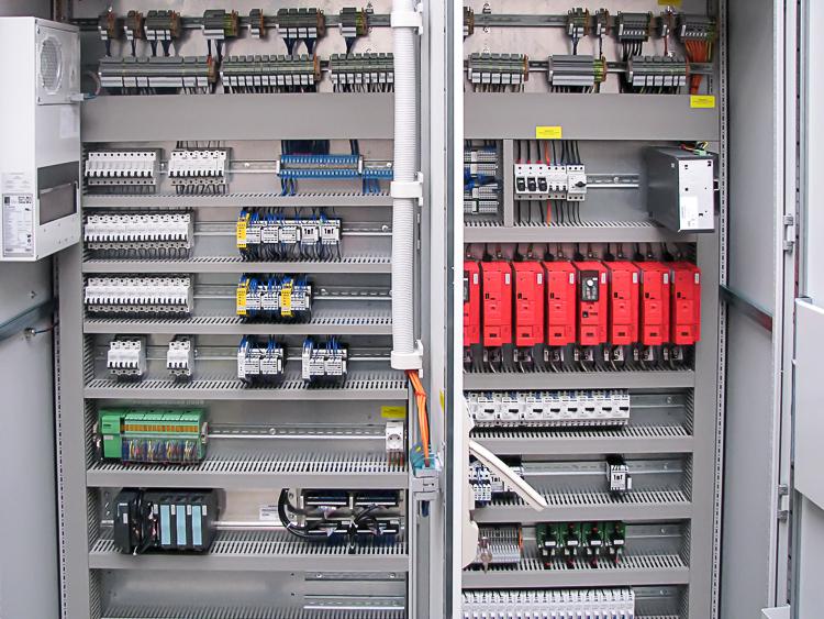 Schaltschrank – Schaltschrankbau – F+L Elektrotechnik GmbH – F+L ...