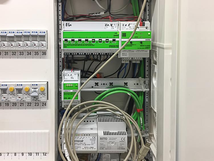 EIB Komponenten für KNX